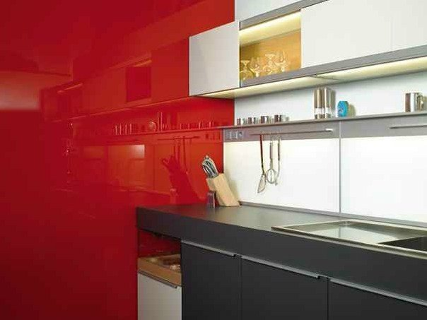 Lacquered glass MY DECOLAQUE by Glassolutions