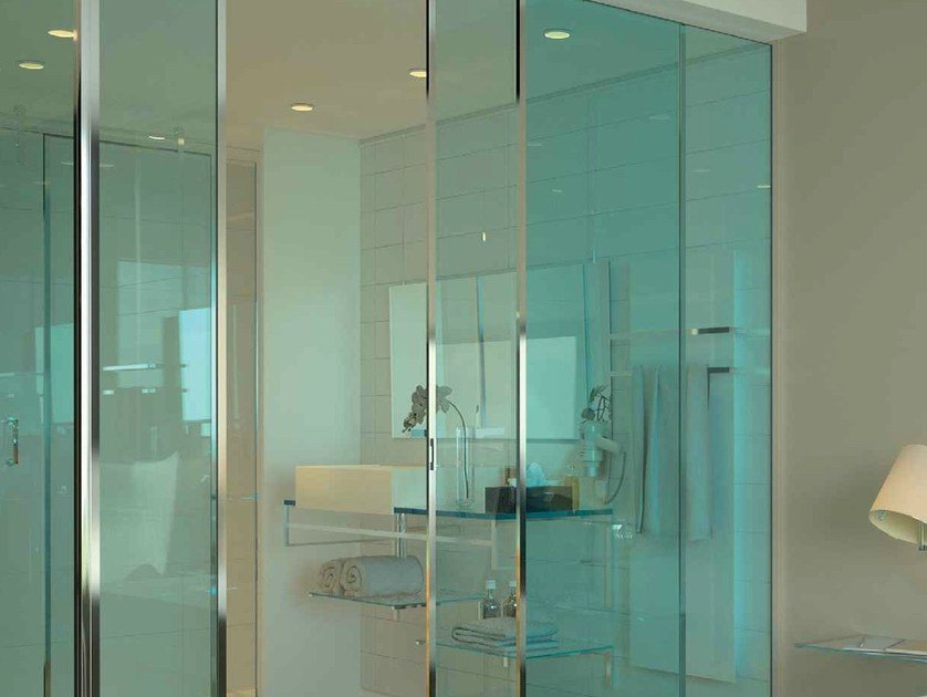 Laminated glass STADIP COLOR by Glassolutions