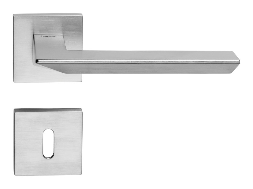 Contemporary style brass door handle on rose with lock TRIO ZINCRAL | Door handle with lock by LINEA CALI'