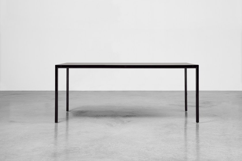 Lacquered rectangular table SUI | Lacquered table by Inclass Mobles