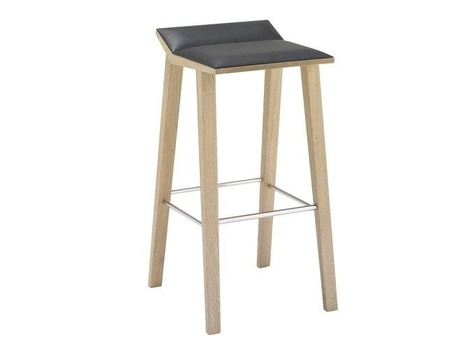 High upholstered barstool MOODY | High stool by Andreu World