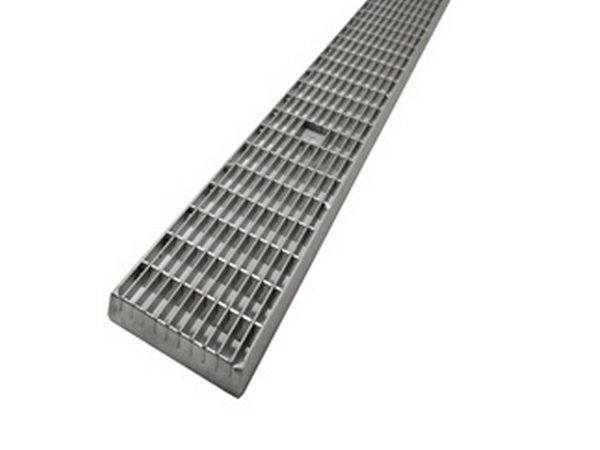 Walkable metal Grille KLB 33x11 by F.lli MALIN