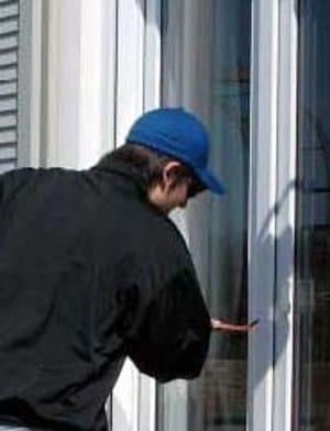 Aluminium window WICLINE Burglar resistance by WICONA