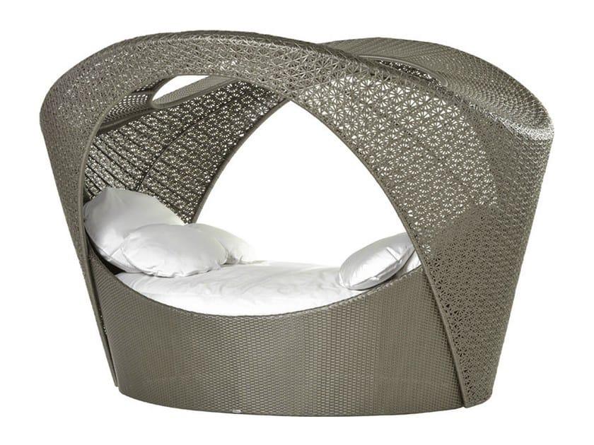 Synthetic fibre alcove ALTEA | Garden bed by Varaschin