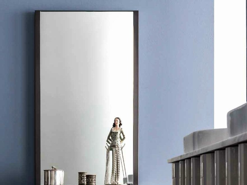 Wall-mounted mirror with integrated lighting QUADRA | Wall-mounted mirror by CorteZari
