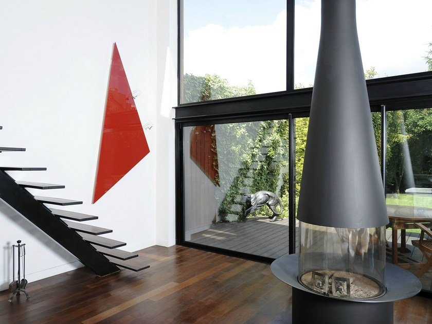 Wall-mounted Olycale® panel radiator TRIANGLE by Cinier