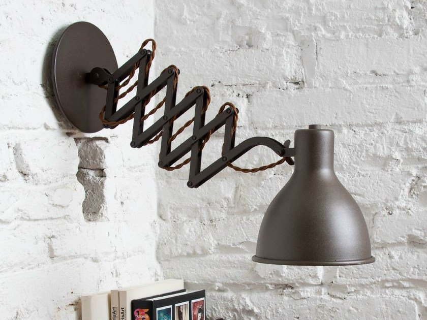 Metal wall lamp with swing arm OXFORD by luxcambra