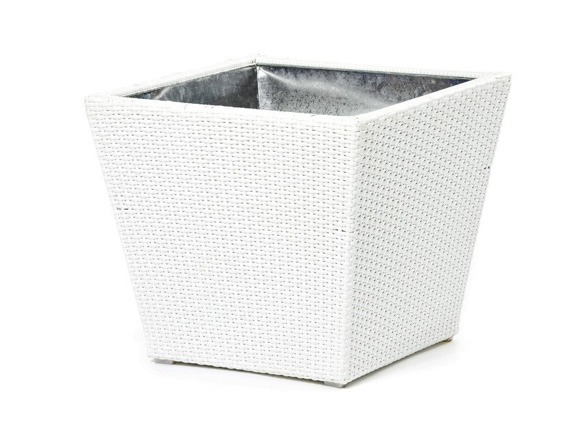Planter with synthetic fiber weaving CORA | Planter by Varaschin