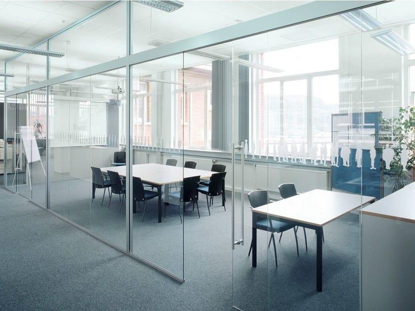 cloison amovible de bureau coulissante en verre h130 by k nig neurath. Black Bedroom Furniture Sets. Home Design Ideas