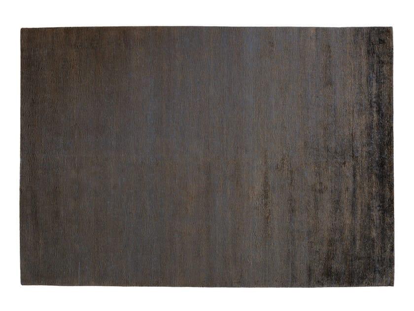 Solid-color rectangular rug RIBBED by Toulemonde Bochart