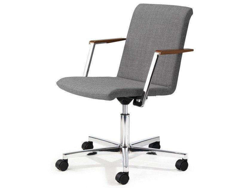 Task chair with 5-Spoke base with armrests with casters PUBLICA by König Neurath