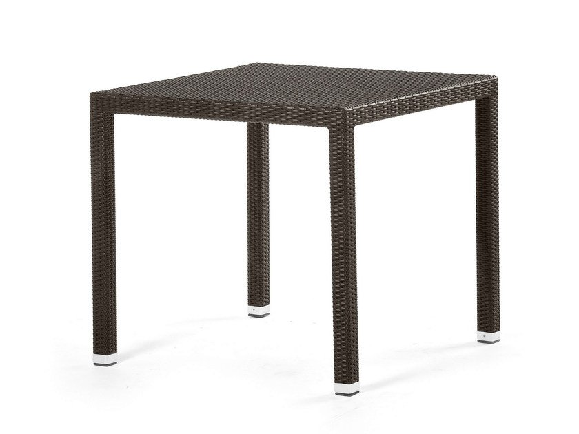 Square table with synthetic fiber weaving LOTUS | Square table by Varaschin