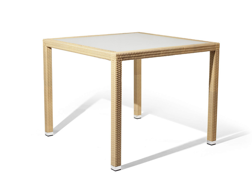 Table with synthetic fiber weaving and glass top LOTUS | Table by Varaschin