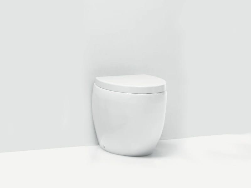 Wc in ceramica OVAL WC by A. e T. Italia