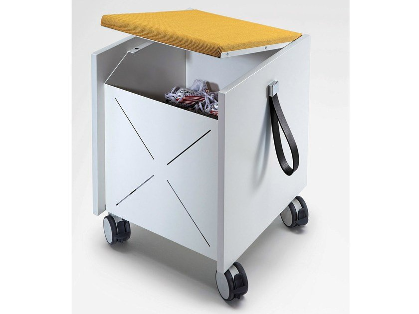 Low office storage unit with casters ACTA MOBIL PLUS by König Neurath