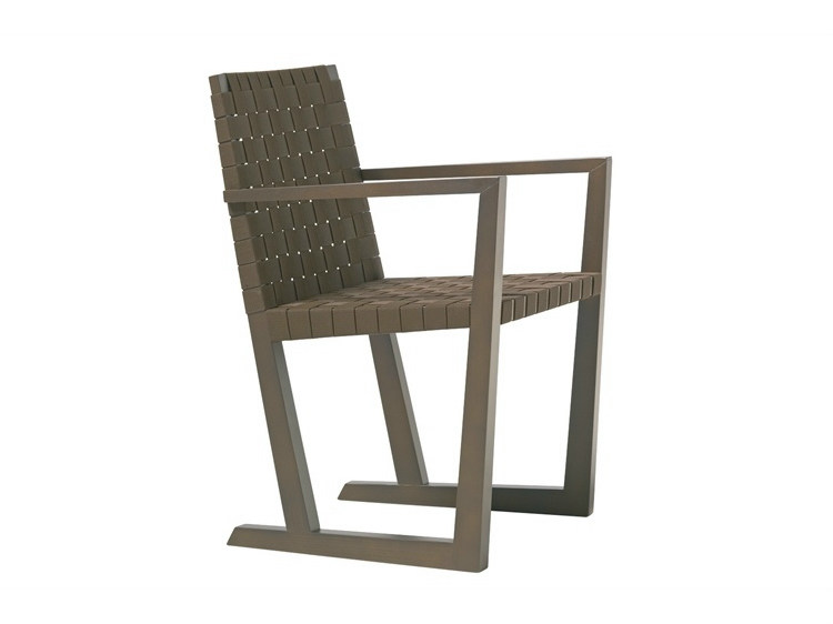 Sled base Ecolignus® chair SERENA   Chair with armrests by Andreu World