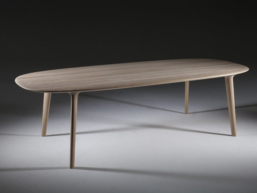 Oval wooden table LUC by Artisan