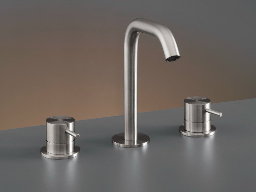 Three-hole mixer with swivelling spout MIL 78 by Ceadesign