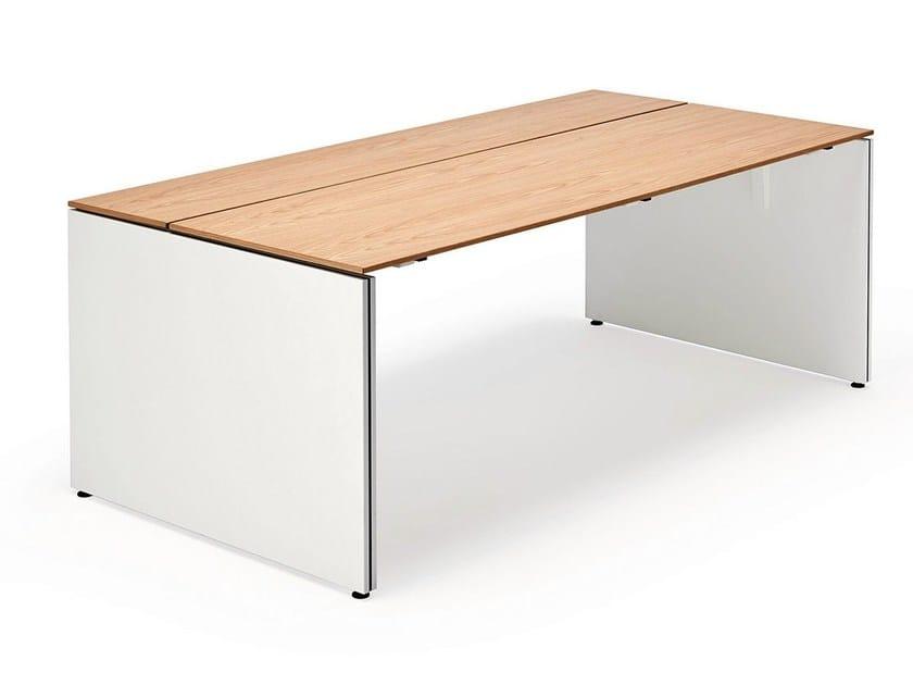 Rectangular wooden office desk TABLE.W by König Neurath