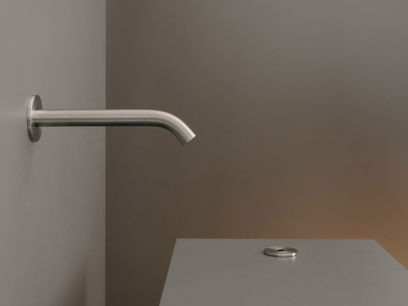 Deck mounted On/off infrared sensor IRS 01 by Ceadesign