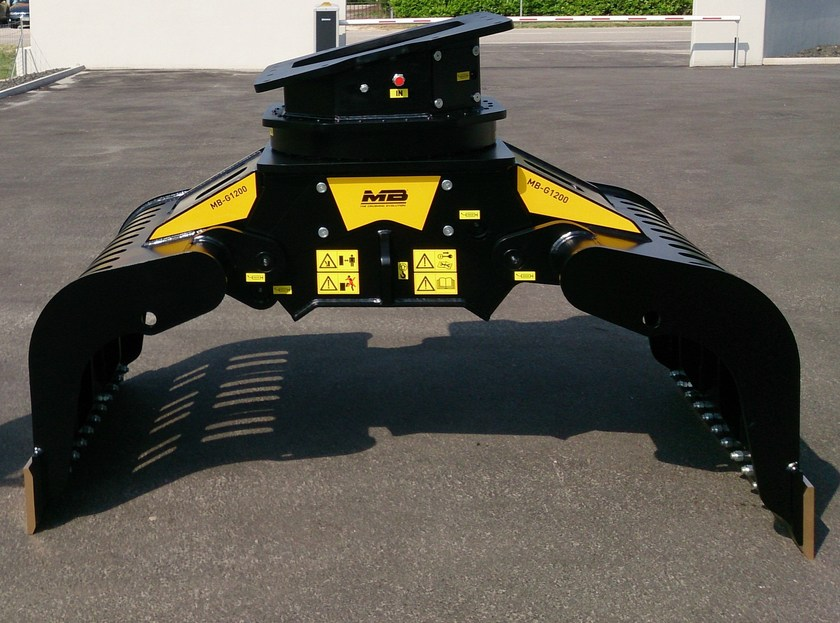 Grapple rotary movement for handling demolition material GRAPPLE ROTARY MOVEMENT MB-G by MB Crusher