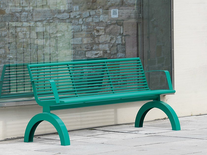 Bench with armrests SIARDO 140R | Bench with armrests by BENKERT BÄNKE