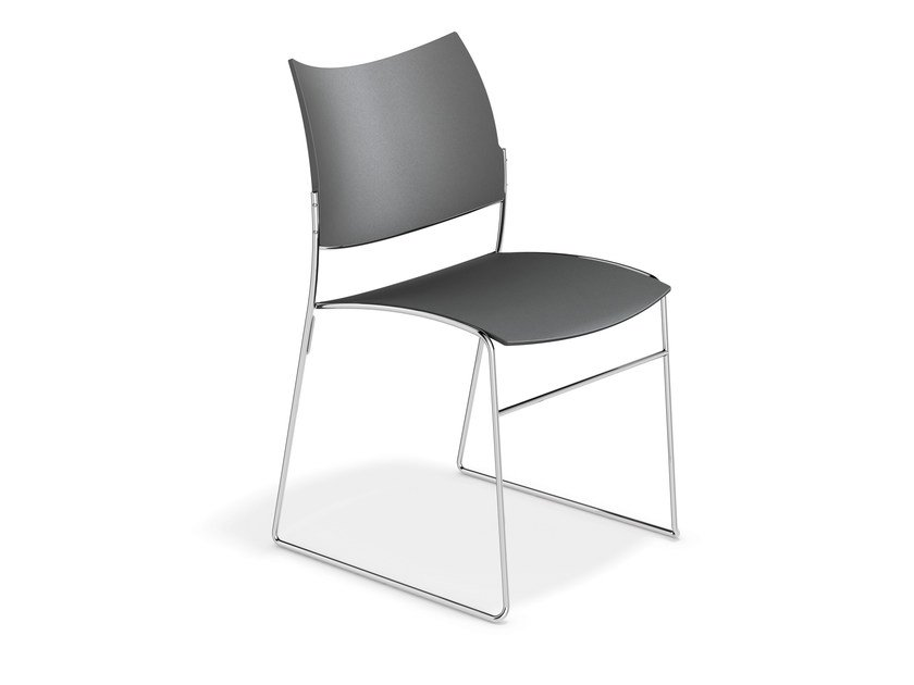 Sled base plastic chair CURVY | Plastic chair by Casala
