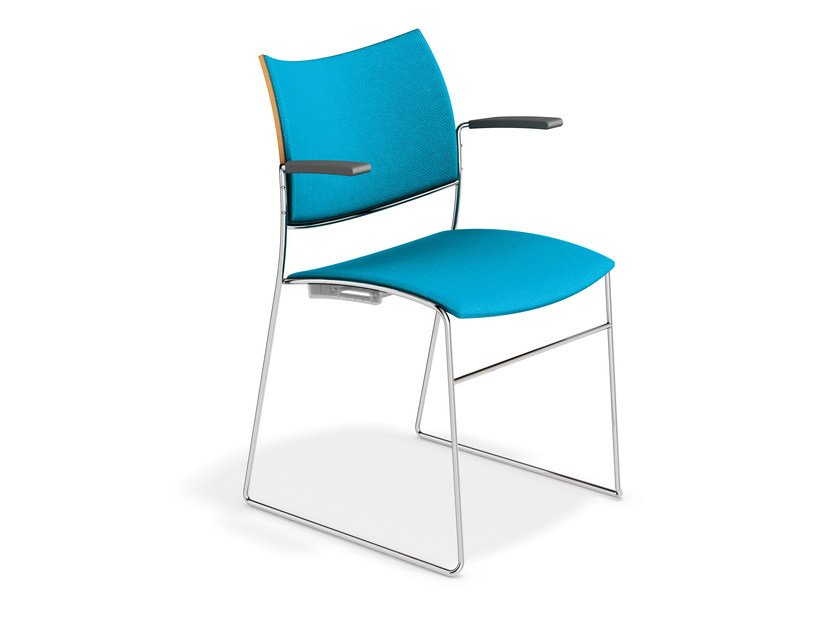 Fabric chair with armrests CURVY | Chair with armrests by Casala