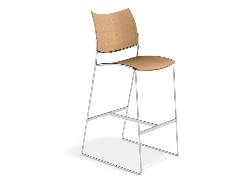 Wooden chair CURVY BARSTOOL | Chair by Casala