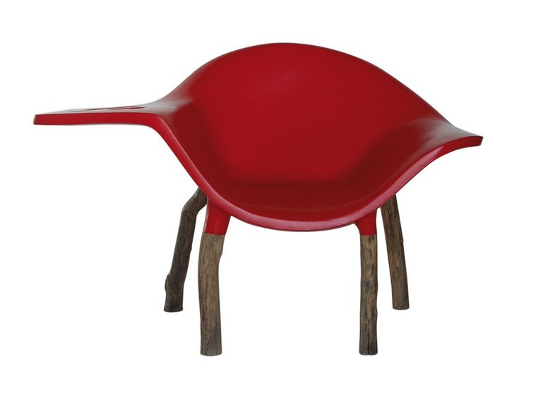Resin easy chair with armrests DRINK by Binome