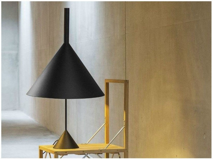 Direct light adjustable metal table lamp FUNNEL | Table lamp by Vertigo Bird