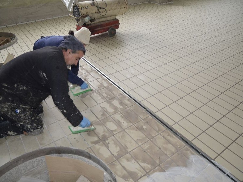 Anti-bacterial epoxy mortar for grouting STARLIKE® DEFENDER by Litokol