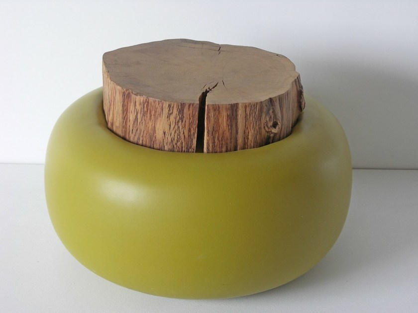 Round wooden coffee table CHAMPIGNON by Binome