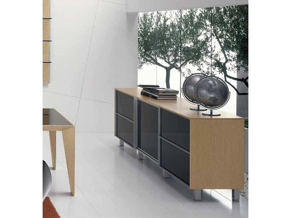 Low office storage unit with sliding doors ERACLE | Low office storage unit by Castellani.it