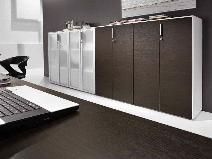 Office storage unit with hinged doors ATREO | Office storage unit by Castellani.it