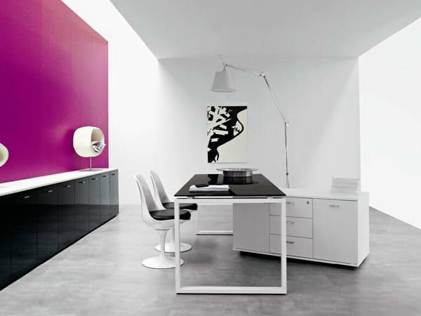 Rectangular wooden office desk VISTA | Rectangular office desk by Castellani.it