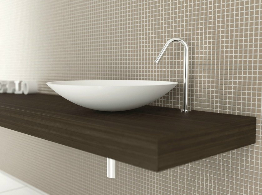 Countertop Corian® washbasin CUVETTE by MOMA Design