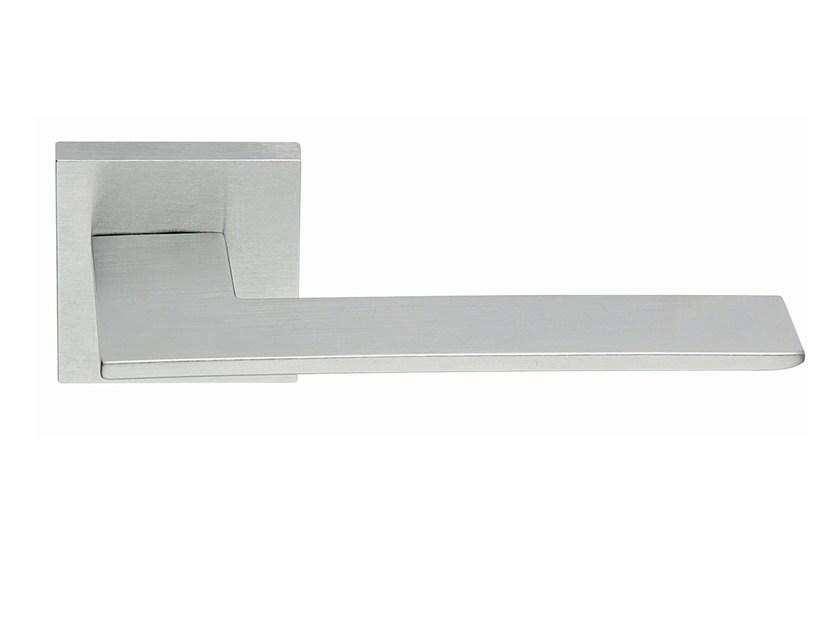 Zamak door handle on rose satin chrome BLADE | Door handle by Frascio