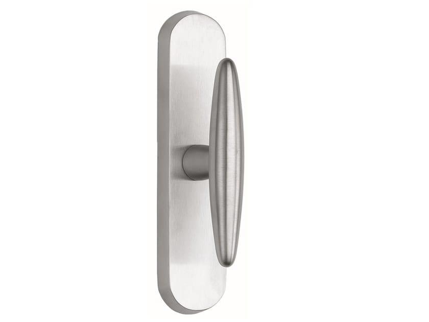 Zamak window handle on back plate NICOLE | Window handle on back plate by Frascio