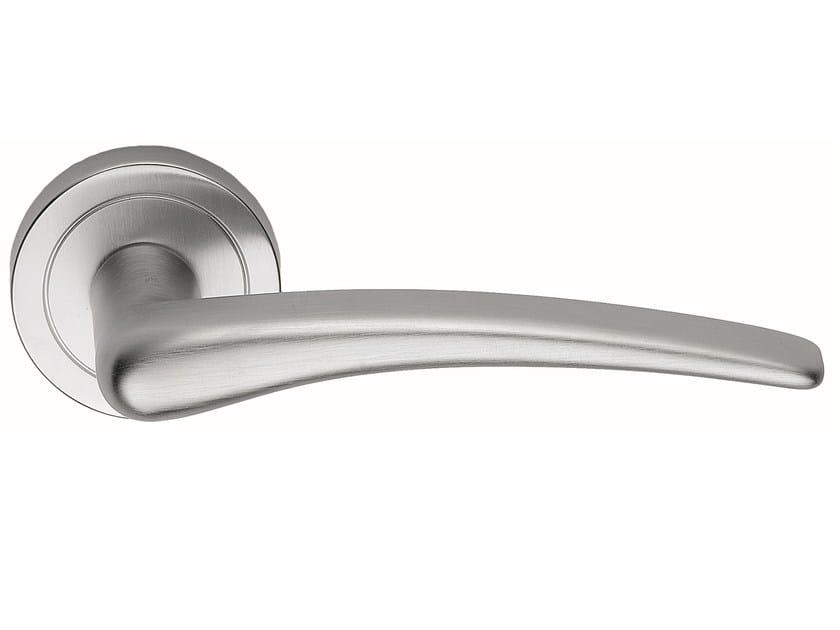 Brass door handle on rose satin chrome HALLEY   Door handle by Frascio