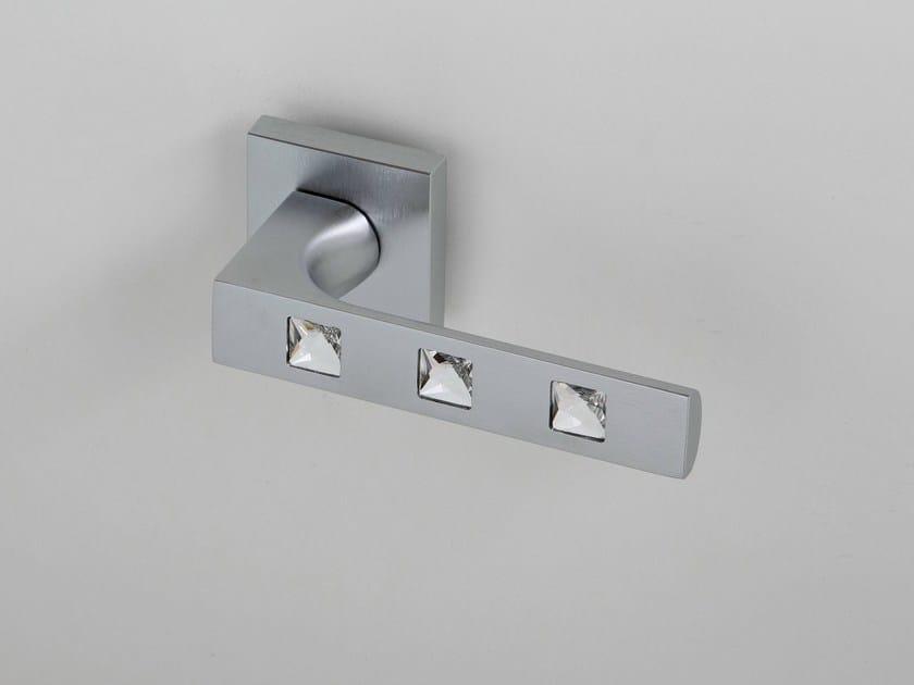 Door handle on rose satin chrome KING | Door handle by Frascio