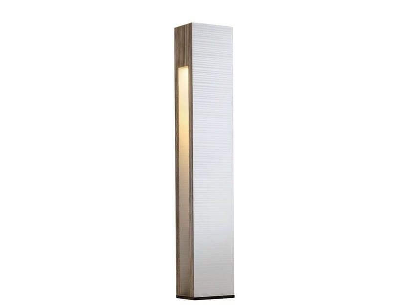 Kraft paper floor lamp TOTEM by Staygreen