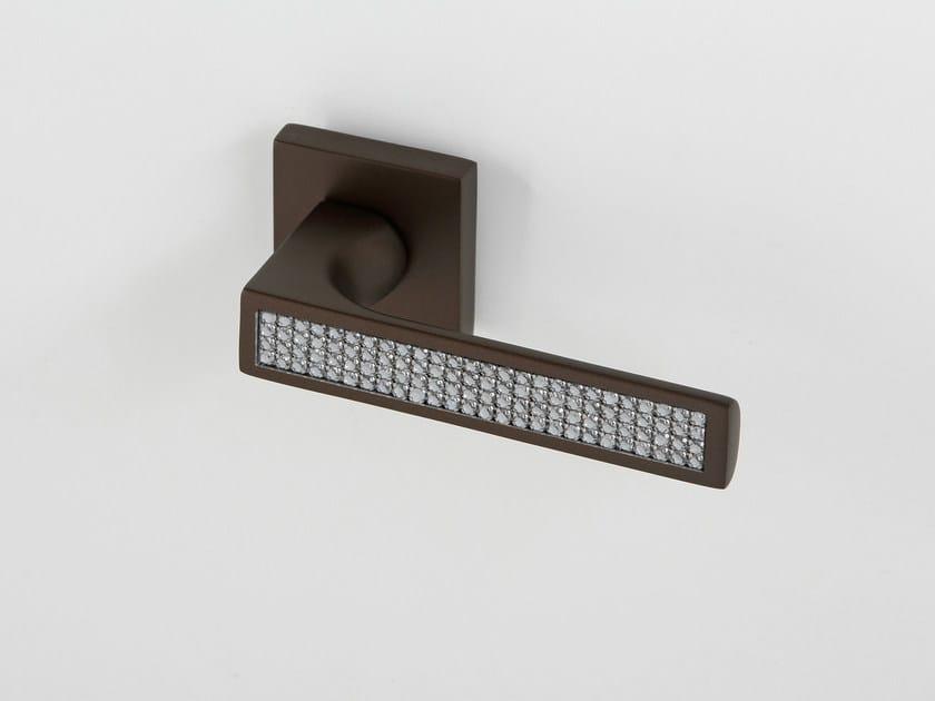 Door handle on rose QUEEN | Door handle by Frascio
