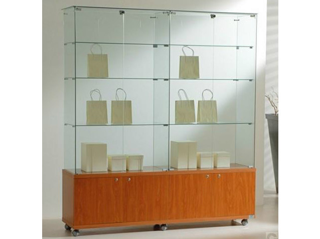 Retail display case with casters VE160180M | Retail display case by Castellani.it