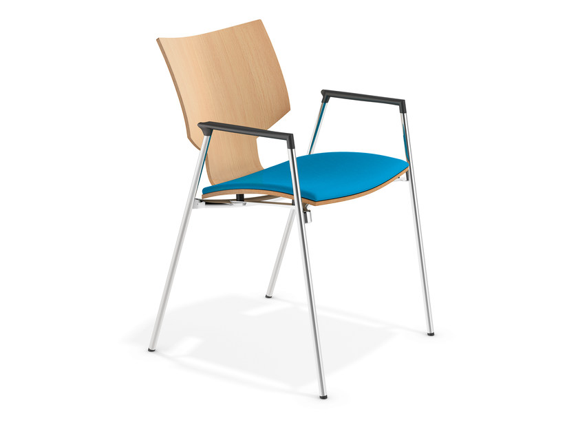 Training chair with armrests LYNX I | Chair with armrests by Casala