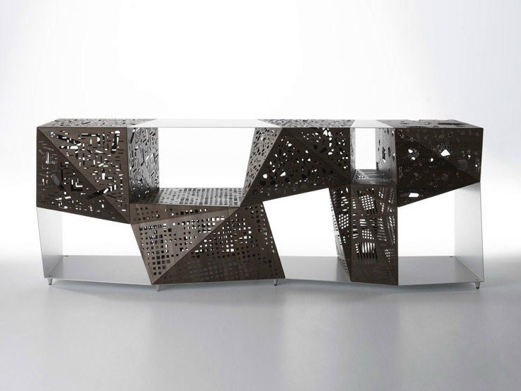 Madia in alluminio e legno RIDDLED BUFFET by Casamania & Horm