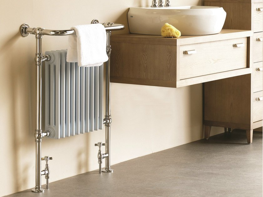 Vertical floor-standing cast iron towel warmer VICTOR SR by Cinier