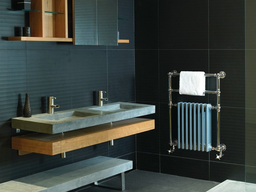 Wall-mounted vertical towel warmer VICTOR by Cinier