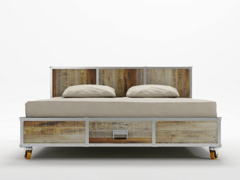 Wooden queen size bed on casters ROADIE | Queen size bed by KARPENTER