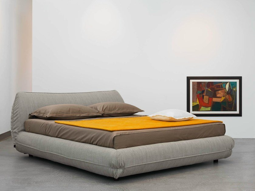 Upholstered double bed NEST by Casamania & Horm